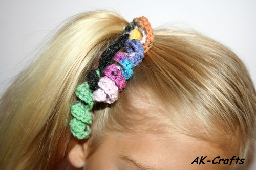 How to crochet a hair spiral or corkscrew ponytail holder - The Art ...