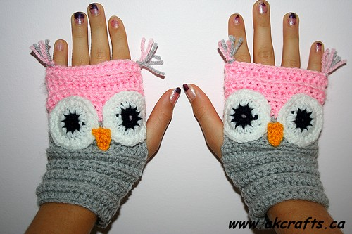 How to crochet Owl Wrist Warmer or Fingerless Mittens