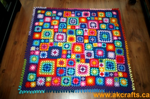 Great Happiness In Squares – A Happy Blanket is born